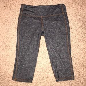 Grey and tan ATHLETA cropped leggings